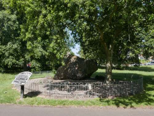 The Goldstone lies in the southwest corner. This huge rock, weighing about 20 tons, is commonly believed to have been used by the Druids for worship.